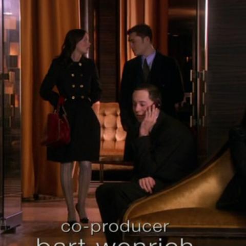 Mantel gesucht, aus Gossip Girl Episode 3x11 [Blair Waldorf