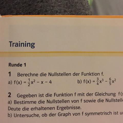 Hier: - (Mathe, Wissen, Abitur)
