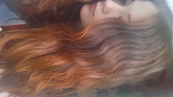 so in etwa  - (Haare, Henna)