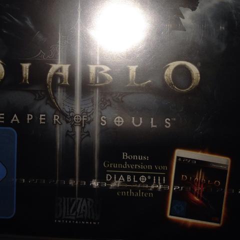 Hier seht ihr d. unten Rechts folgendes steht: Grundversion von Diablo 3 enthalt - (PS3, diablo, Diablo3)