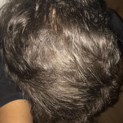 Glatte Haare  - (Gesundheit und Medizin, Haare, schwarz)