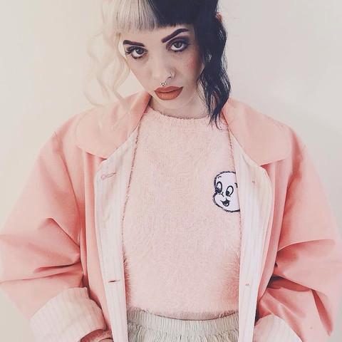 Das ist Melanie Martinez (für Leute die sie nicht kennen) ^-^ - (Beauty, Style, Outfit)