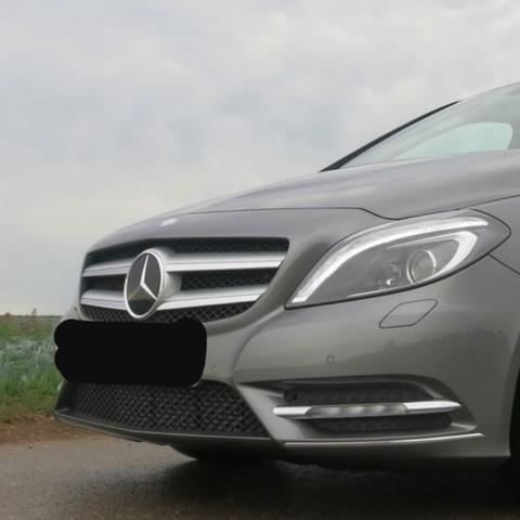 Mercedes  - (Auto und Motorrad, Schaden, Mercedes-Benz)