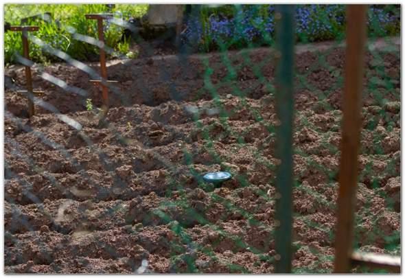 Messgerät, Solargerät, ... im Acker/Garten?