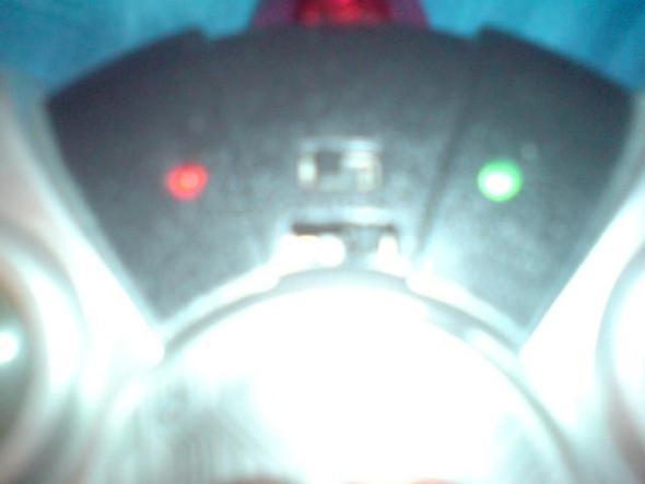 knöpfe/schalter an der Fernsteuerung - (Technik, Freizeit, Helikopter)
