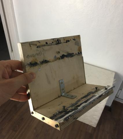 Mit was für einer Säge (am besten elektrisch) lassen sich am besten solche kleinen Holzplatten zuschneiden?