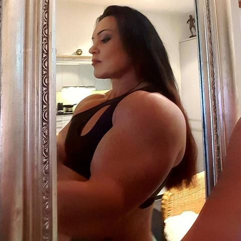 Jay Fuchs bizeps - (Fitness, Training, Muskeln)
