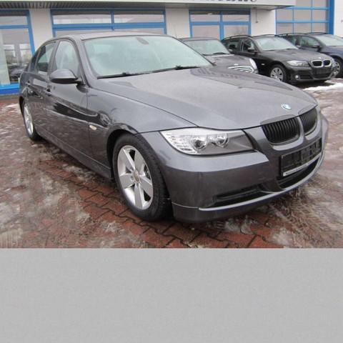 Das model von vorne - (Model, BMW, 320i)