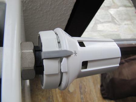 montage heizungsthermostat danfoss wie heizung heizk rper thermostat. Black Bedroom Furniture Sets. Home Design Ideas