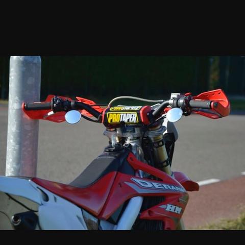 Motorrad  - (Motorrad, Moped, Straße)