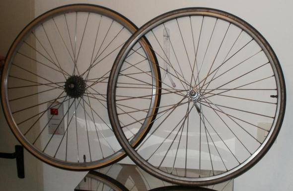 Ersatzräder - (Fahrrad, Rennrad, 80er-Jahre)