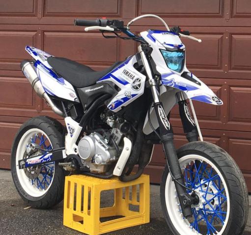 Blau Weiße Wr 125 X - (Motorrad, Design, Dekoration)