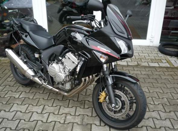 Motorräder wie Honda CBF 600 SA und Suzuki GSF 650 Bandit?