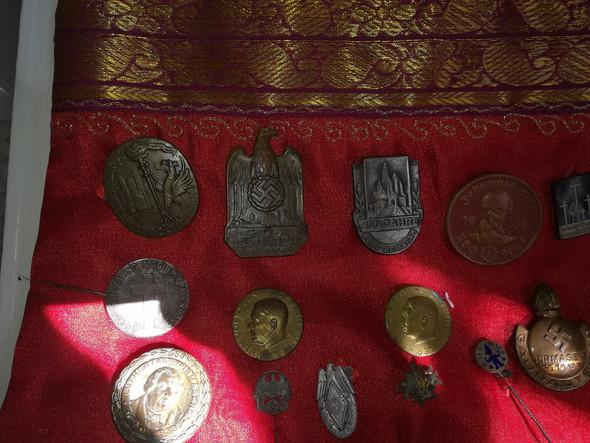 Münzen und Medaillen von Opa gefunden, was ist was?