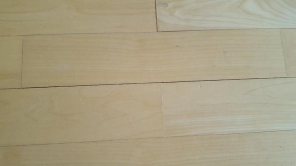 Fußboden Im Haus ~ Müssen diese zwischenräume im parkett beseitig werden? boden