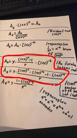 Formel. Die unteren 3 Gleichungen sind die relevanten für meine Fragestellung. - (Mathematik, Algebra, Annuität)