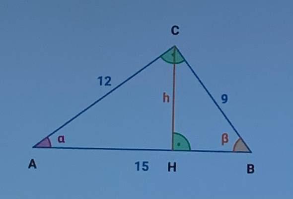 Nach welchem Ähnlichkeitssatz sind diese Dreiecke ähnlich?