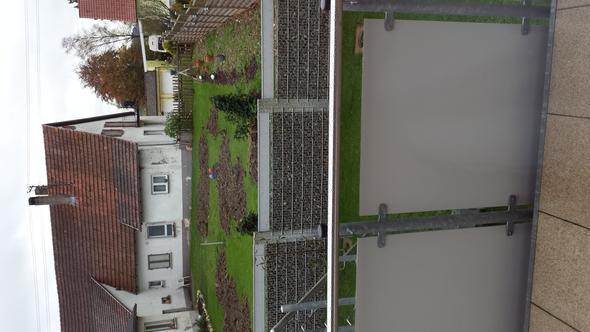 Zaun aus der sicht meines Hauses zum Nachbarn - (Recht, Anwalt, anzeigen)