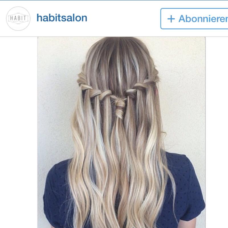 Nachgewachsenen Haaransatz kaschieren (Haare, Beauty, Frisur)