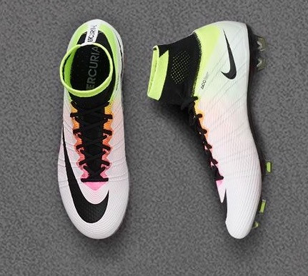 Hier die Schuhe - (Fußball, Schuhe)