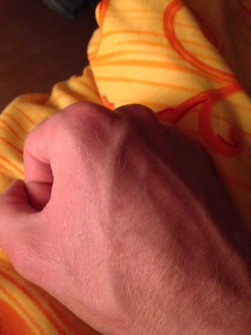 Flecken handfläche braune Avocado innen