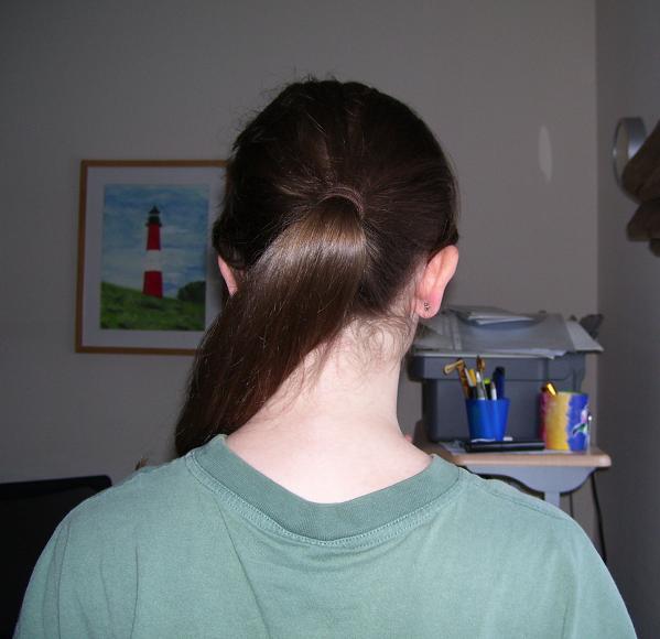 nervige Nackenhaare rasieren oder nicht? (Frauen) (Haare