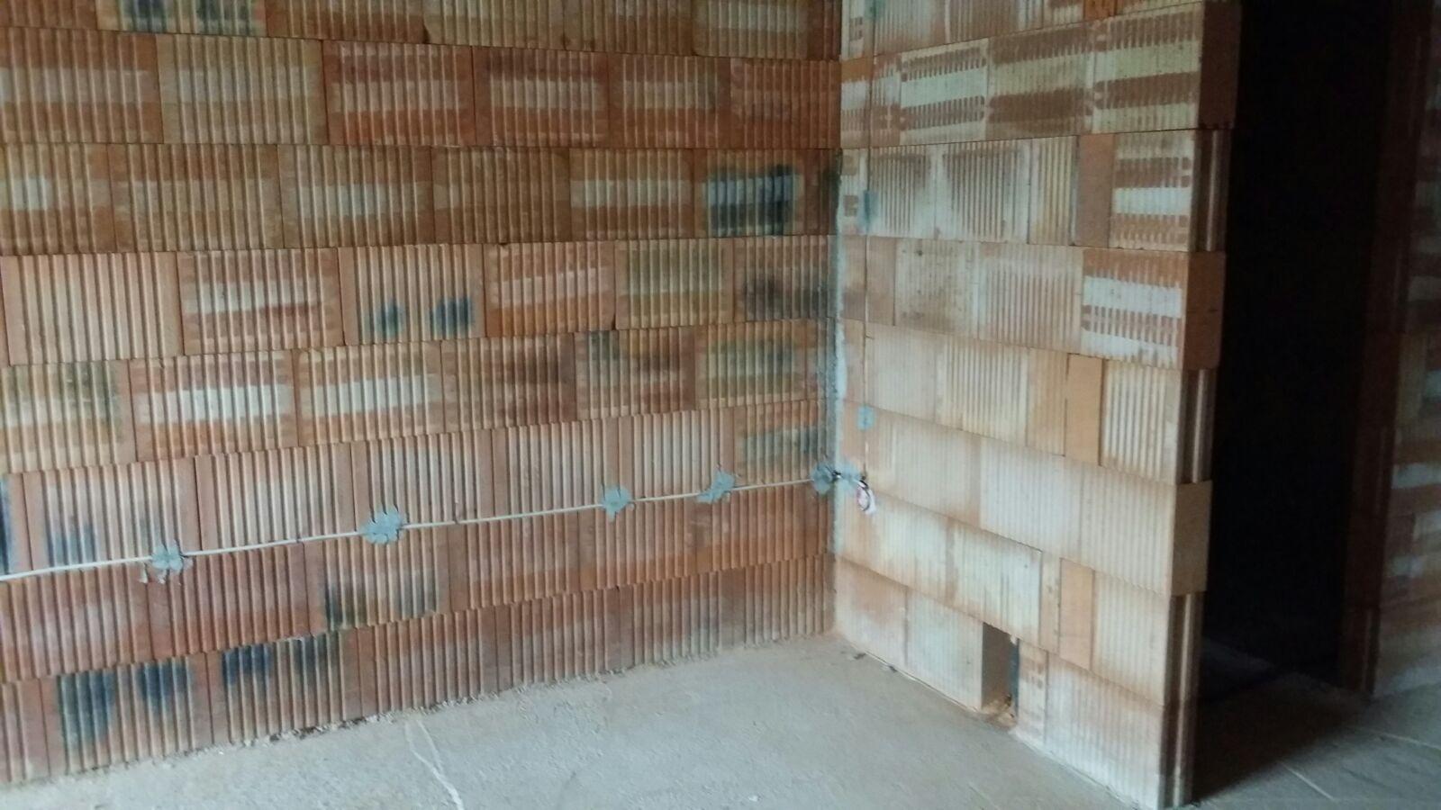 schimmel betondecke garage die dmmkeile aus holzfasern. Black Bedroom Furniture Sets. Home Design Ideas