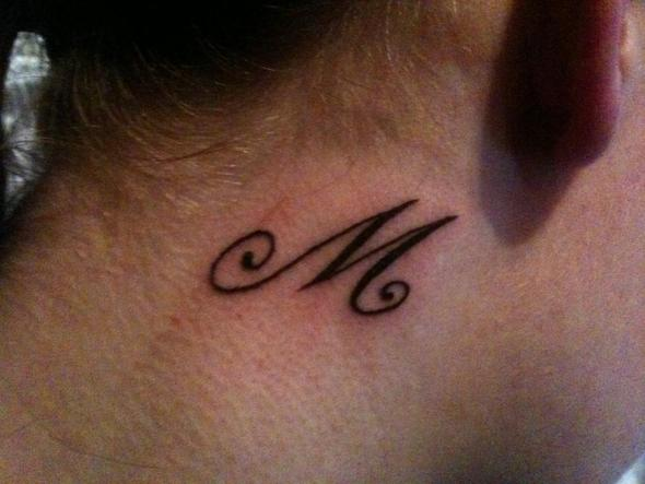 Neugestochenes Tattoo Pflege Hygiene