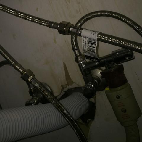 Niederdruck Oder Hochdruck Hilfe Sanitar Klempner Wasserhahn