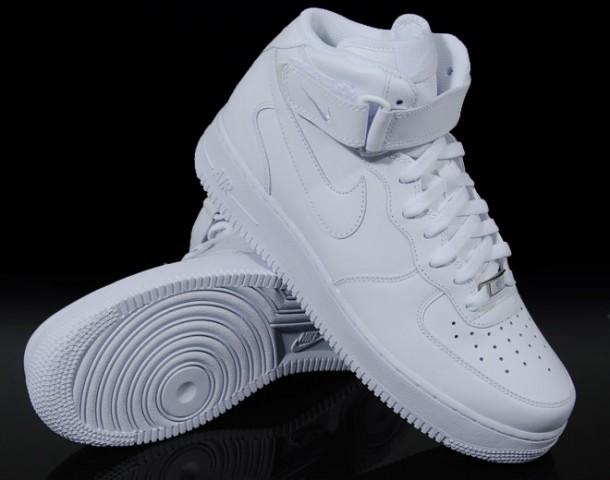 Nike Air Force Schuhe