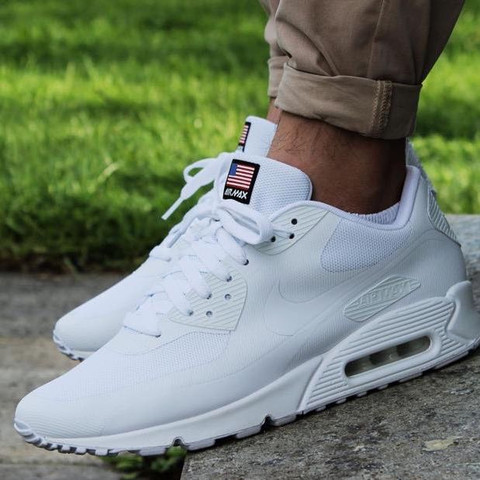 Nike Airmax Independence days auf EBAY für 80€? (Nike Air Max)