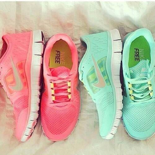 Nike Free Pink Türkis
