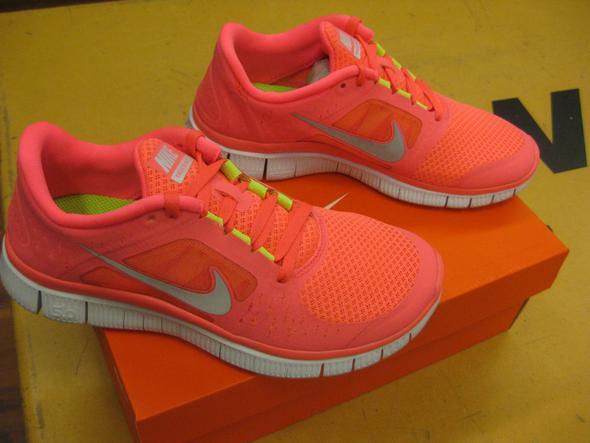 nike free run orange neon