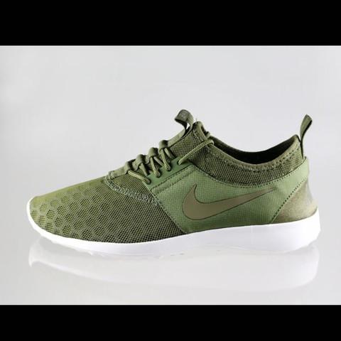 Nike Juvenate überall ausverkauft? (Schuhe)