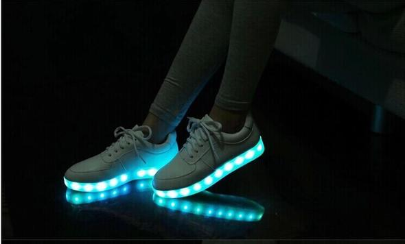 Nike Led Schuhe,findet ihr die Schuhe kindisch?