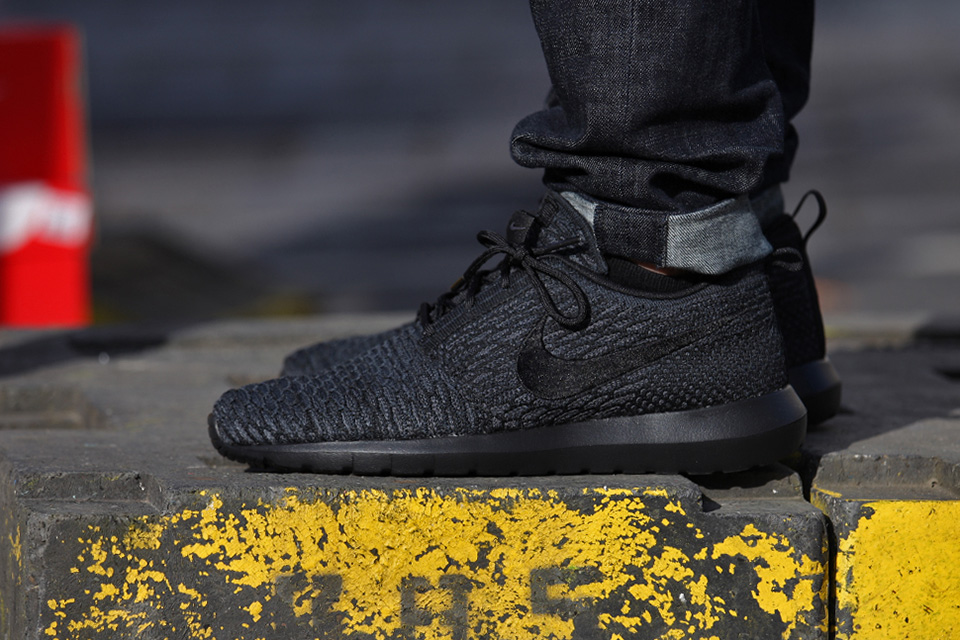 Nike Roshe Flyknit Weiß