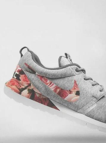 Nike Roshe run grau/rose - (Schuhe)