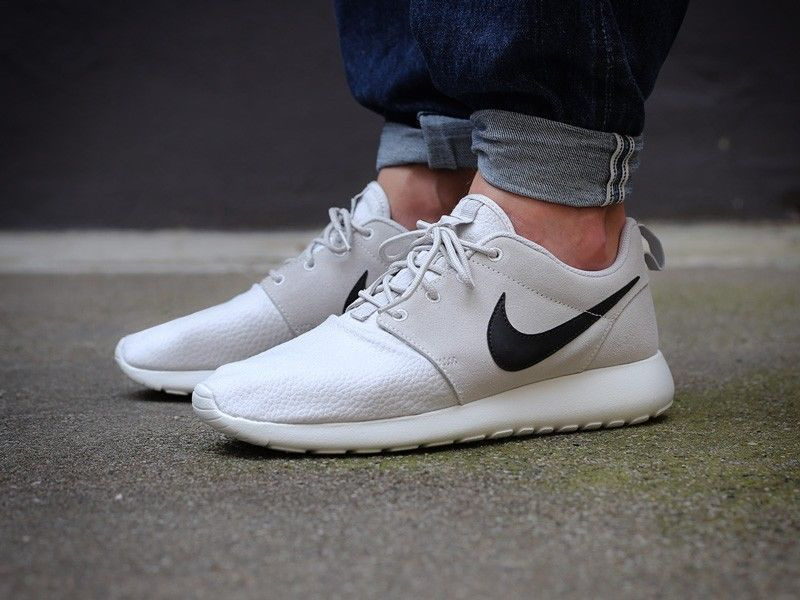 Nike Flyknit Roshe Run Grey