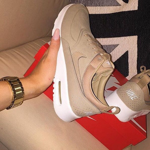 buy sale new cheap on wholesale Nike schuhe wie heissen die? Auf amazon?