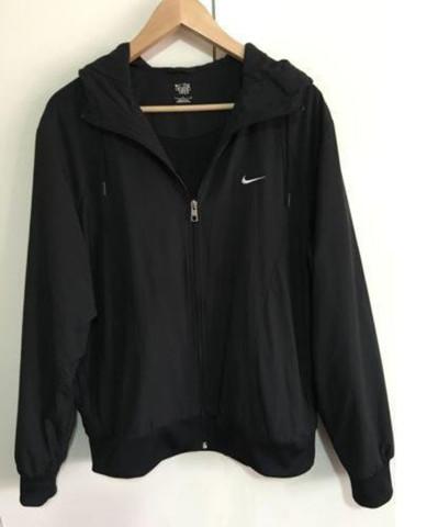 Nike windbreaker jacke woher (siehe bild)? (Kleidung)