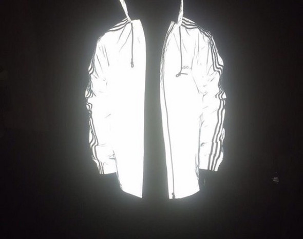 NikeAdidas reflective Jacke? (Mode, kaufen, Kleidung)