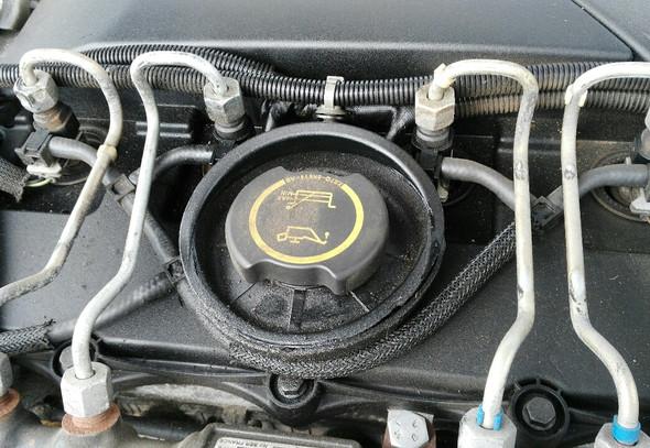 Öl außerhalb des Motors - (Auto, Öl, Gebrauchtwagen)