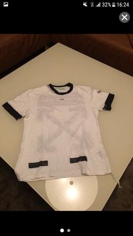 Off-White T-Shirt Original und wie viel ist es wert?