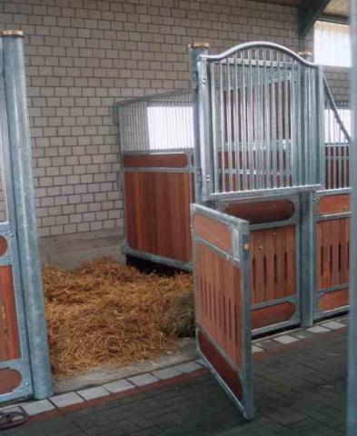 box - (Pferde, Pony, Stall)