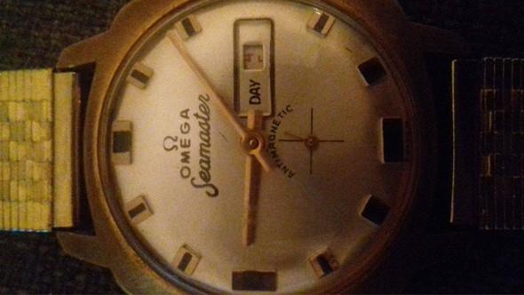 bild 2 - (Uhr, Modell, Armbanduhr)