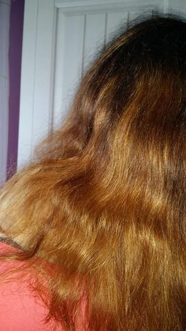 orange/goldstichige Haare blondieren um auf ein Mittelblond oder Asch Blond zu gelangen?