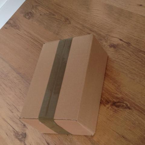 Packet  - (DHL, Packet, versichert)