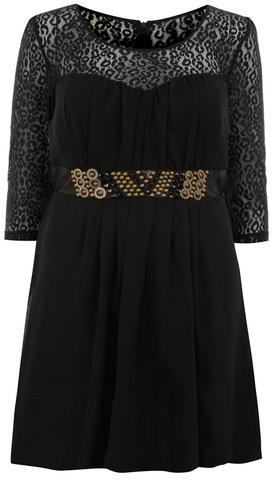 Kleid - (Schuhe, Farbe, Kleid)