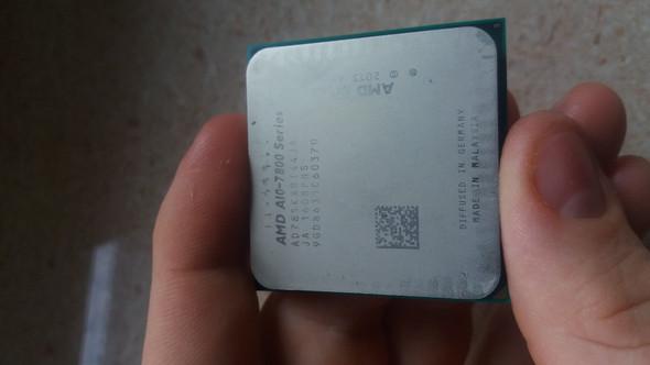 - (Computer, PC, Prozessor)