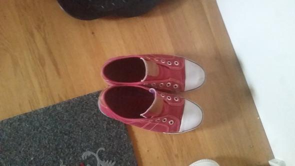 Schuhe - (Mode, Kleidung, Klamotten)